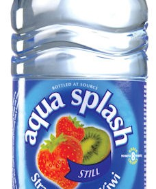 Flavoured water Bottles Aqua Splash 24 x 500ml strawberry & Kiwi